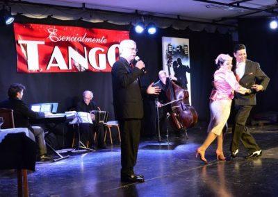 Rivadavia disfrutó de un Show Tanguero de excelencia.