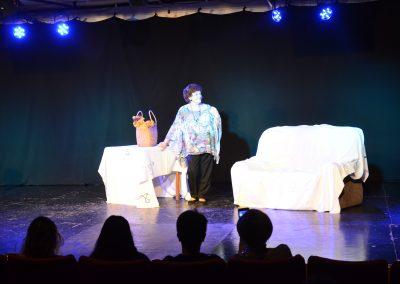 Teatro para adultos mayores en el Bianchi
