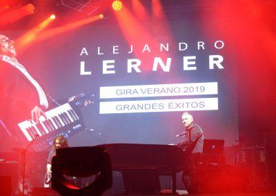 Alejandro Lerner y La Barra cerraron el Festival Rivadavia Canta al País
