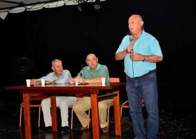 Vecinos del Barrio Rosicler firmaron escrituras para la construcción de 40 viviendas