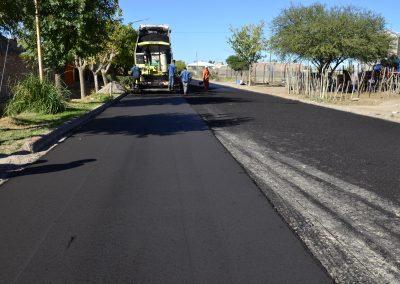 Comenzó el asfalto en distritos del departamento