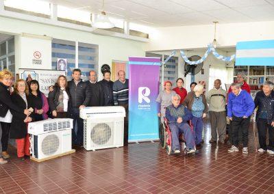 El Hogar San Isidro Labrador recibió dos aires acondicionados