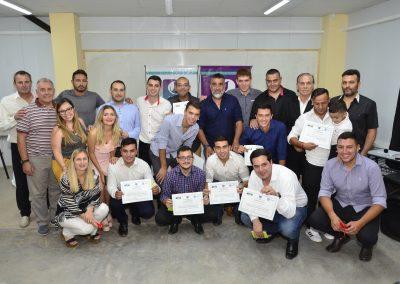 Trece DT nacionales de fútbol se recibieron en Rivadavia
