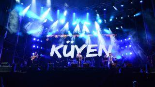 Noche de viernes en Rivadavia Canta Al País 2020