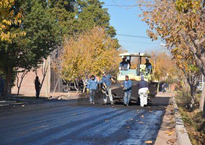 Rivadavia continúa con el programa municipal de pavimentación