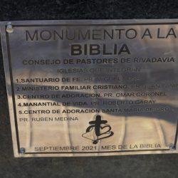 Monumento a la Biblia