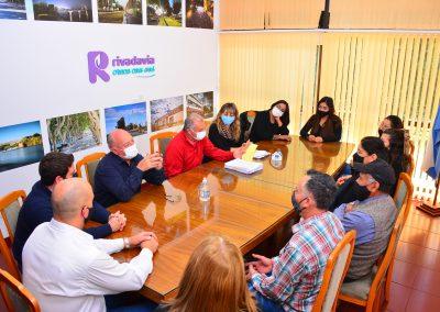 Rivadavia entregó cheques del Programa Municipal de Microcréditos